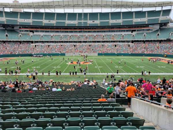 Paul Brown Stadium, section: 110, row: 32w, seat: 6