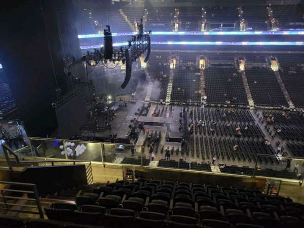Footprint Center, section: 220, row: 10, seat: 10