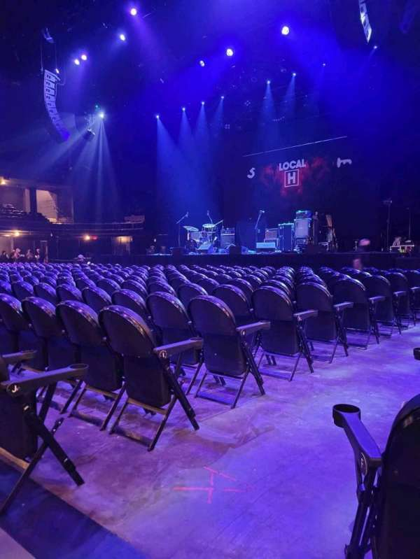 Austin City Limits Live at The Moody Theater, section: Floor 5, row: H, seat: 201