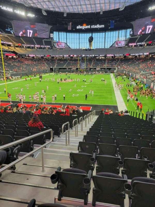 Allegiant Stadium, section: 121, row: 25, seat: 19