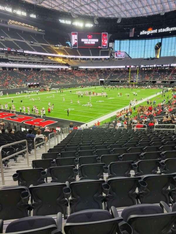 Allegiant Stadium, section: 119, row: 25, seat: 17