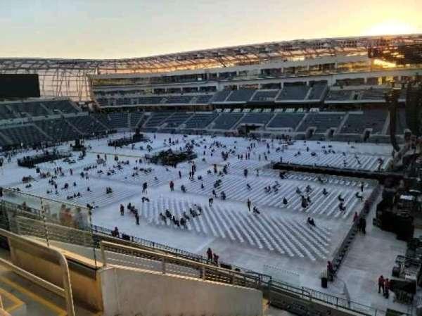 Banc of California Stadium, section: 208, row: M, seat: 10