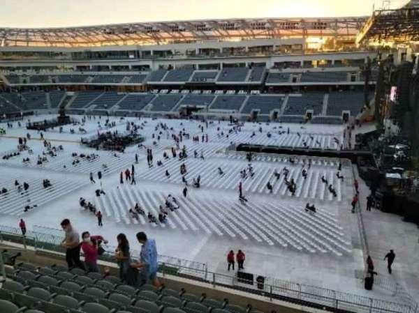 Banc of California Stadium, section: 209, row: H, seat: 9