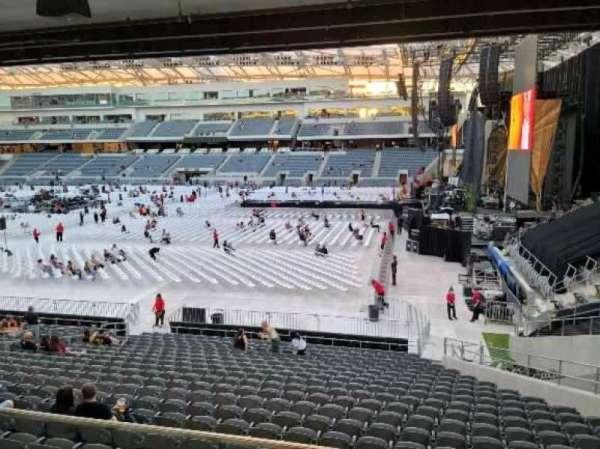 Banc of California Stadium, section: 109, row: V, seat: 2
