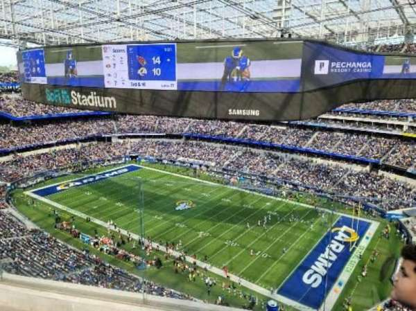 SoFi Stadium, section: 421, row: 4, seat: 7