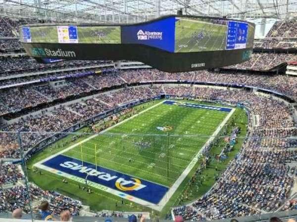 SoFi Stadium, section: 433, row: 4, seat: 9