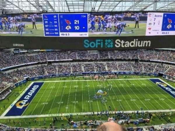 SoFi Stadium, section: 442, row: 5, seat: 1