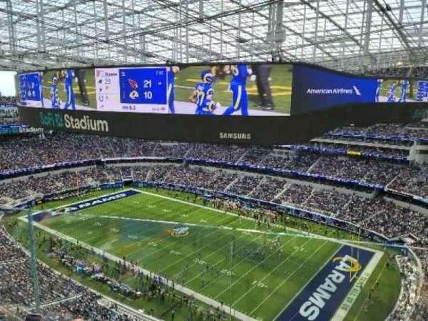 SoFi Stadium, section: 450, row: 4, seat: 3