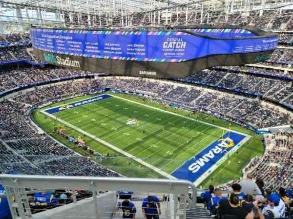 SoFi Stadium, section: 522, row: 10, seat: 20