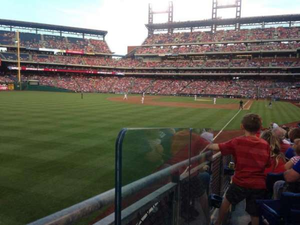 Citizens Bank Park, section: 140, row: 7, seat: 1