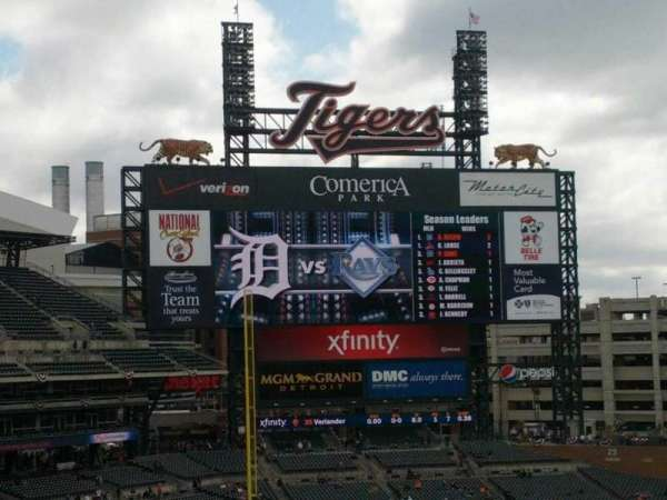 Comerica Park, section: 326, row: A, seat: 14