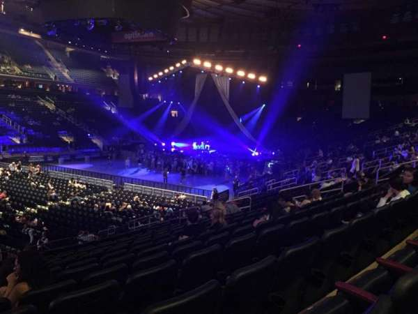 Madison Square Garden, section: 105, row: 16, seat: 1