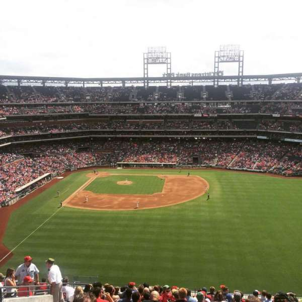 Citizens Bank Park, section: 303, row: 19, seat: 6