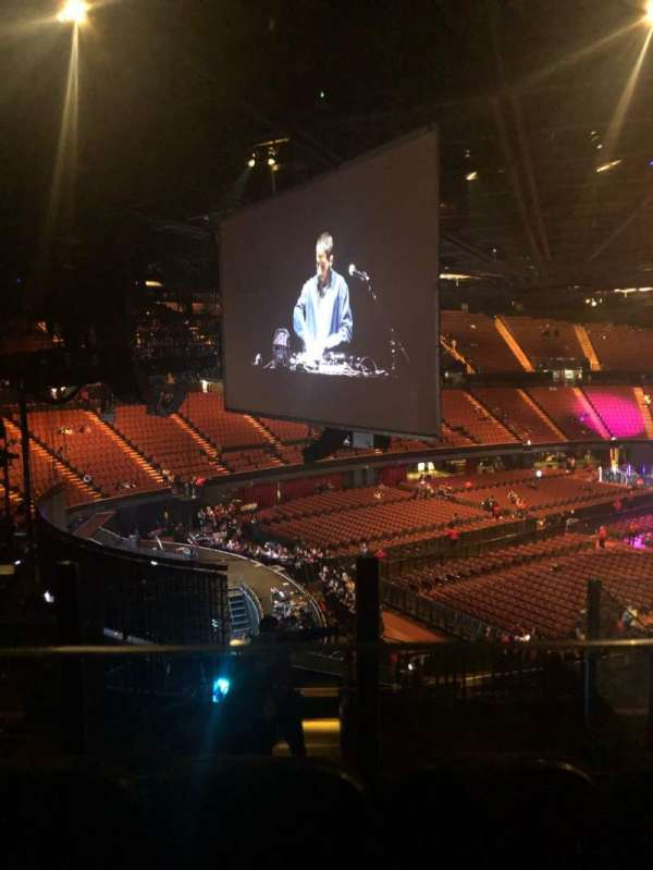 The Forum, section: 222, row: 5, seat: 9