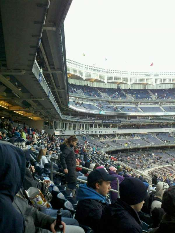Yankee Stadium, section: 212, row: 13, seat: 13