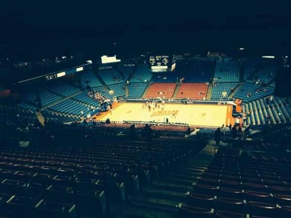 University Of Dayton Arena, section: 402, row: P, seat: 15