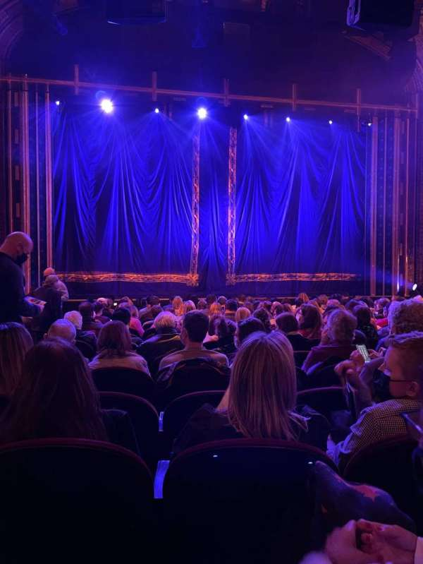 Brooks Atkinson Theatre, section: Orchestra C, row: N, seat: 102