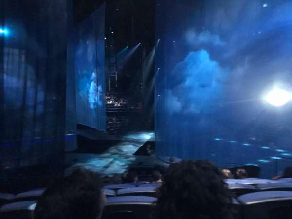 Love Theatre - The Mirage, section: 206, row: R, seat: 3-4