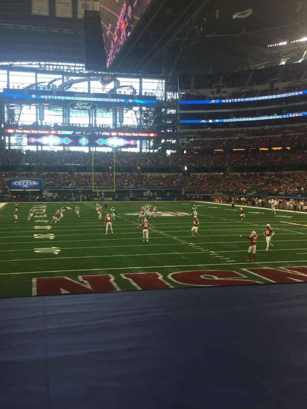 AT&T Stadium, section: 125, row: 8, seat: 3