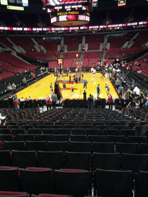 Moda Center, section: 105, row: l, seat: 7