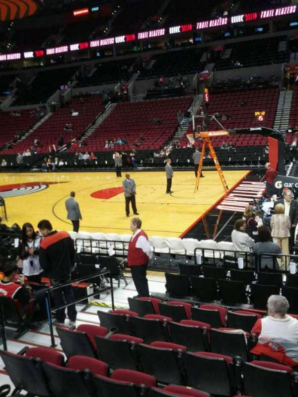 Moda Center, section: 121, row: h, seat: 16