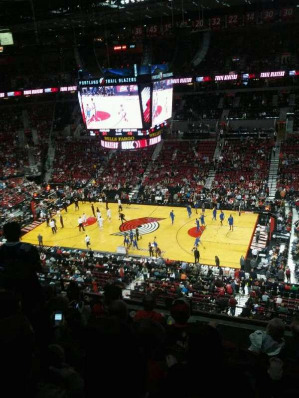 Moda Center, section: 333, row: g, seat: 8