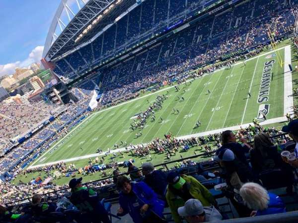CenturyLink Field, section: 330, row: G, seat: 7