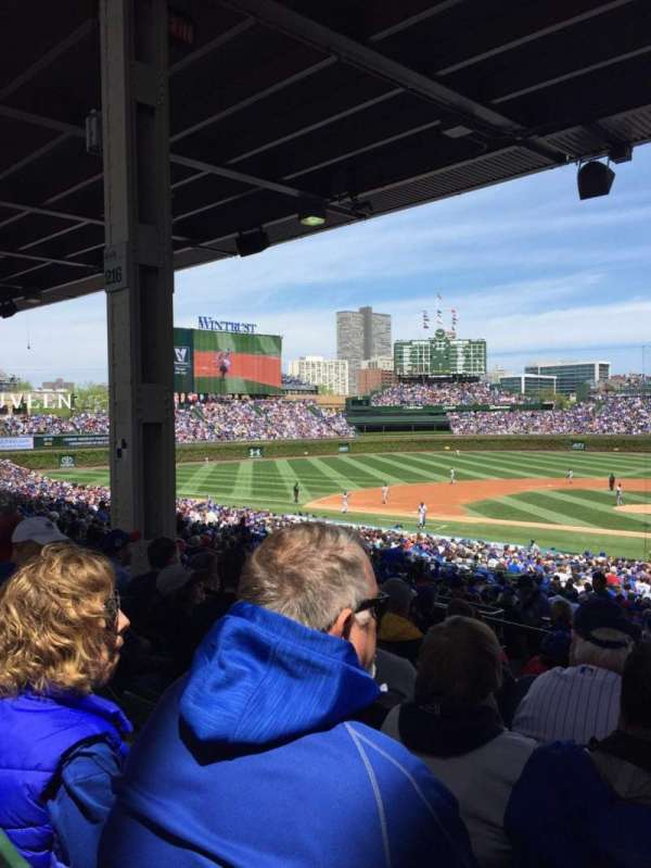 Wrigley Field, section: 218, row: 10, seat: 105