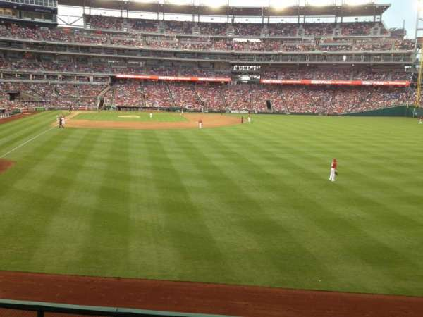 Nationals Park, section: 138, row: S, seat: 4