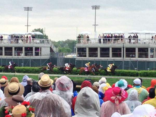 Churchill Downs, section: 124, row: R, seat: 12