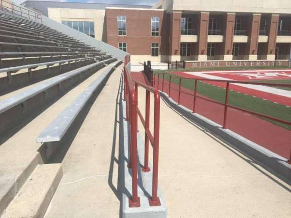 Yager Stadium, section: 6/7, row: 1