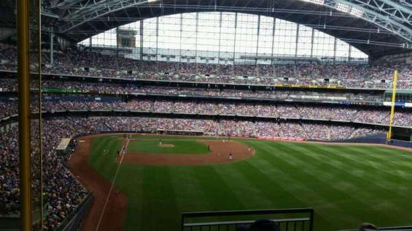 Miller Park, section: 305, row: 4, seat: 6