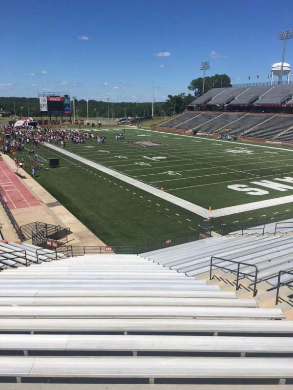 Veterans Memorial Stadium, section: 122, row: 20, seat: 1