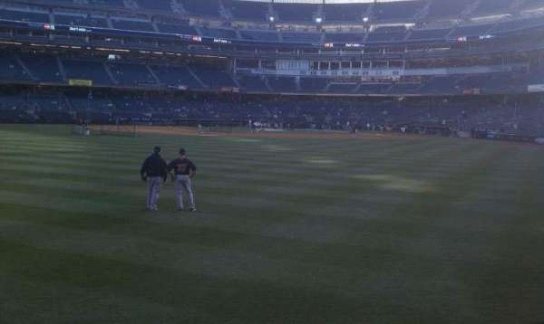 Yankee Stadium, section: 136, row: 10, seat: 21