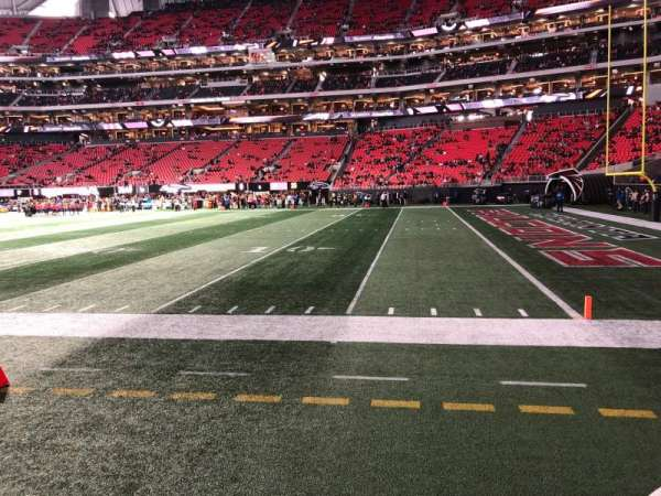 Mercedes-Benz Stadium, section: 124, row: 1, seat: 7