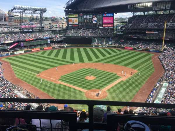 T-Mobile Park, section: 331, row: 9, seat: 8