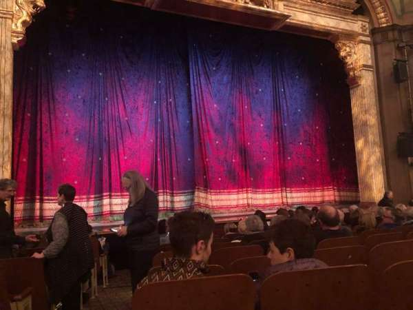 Booth Theatre, section: Orchestra, row: H, seat: 101