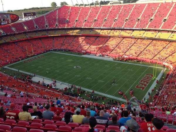 Arrowhead Stadium, section: 319, row: 41, seat: 5