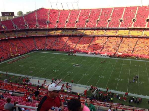 Arrowhead Stadium, section: 321, row: 18, seat: 23