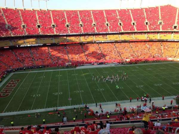 Arrowhead Stadium, section: 326, row: 16, seat: 9