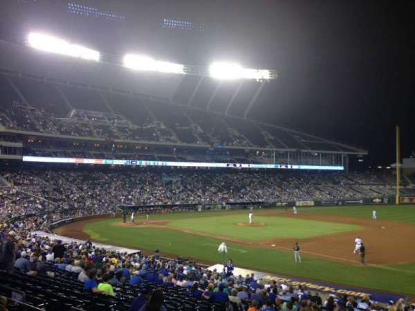 Kauffman Stadium, section: 239, row: DD, seat: 9