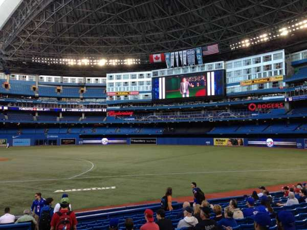 Rogers Centre, section: 116L, row: 15, seat: 109