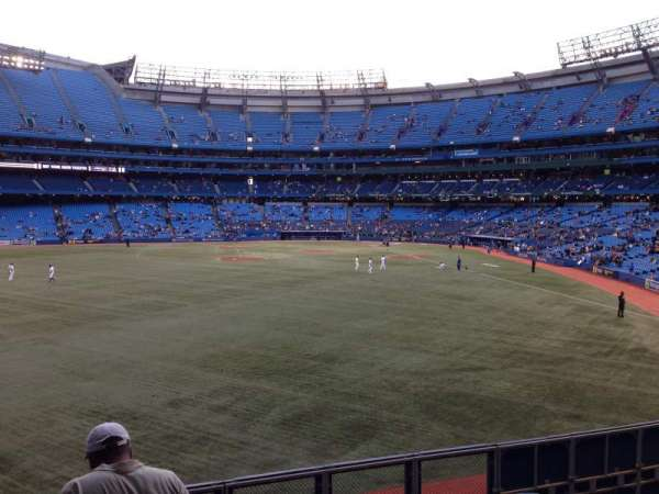 Rogers Centre, section: 137L, row: 5, seat: 103