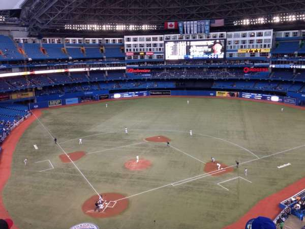 Rogers Centre, section: 523R, row: 4, seat: 8