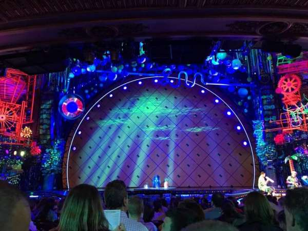 Palace Theatre (Broadway), section: Orchestra Center, row: Q, seat: 104
