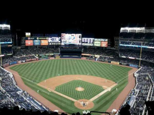 Yankee Stadium, section: 420c, row: 10, seat: 5