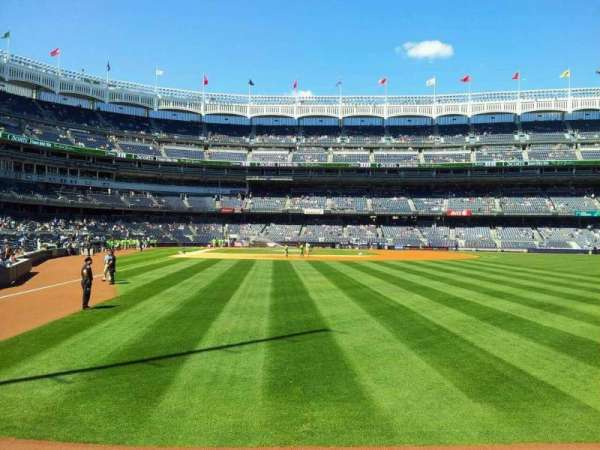 Yankee Stadium, section: 106, row: 10, seat: 2