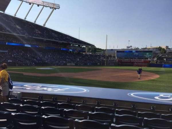 Kauffman Stadium, section: 138, row: F, seat: 7