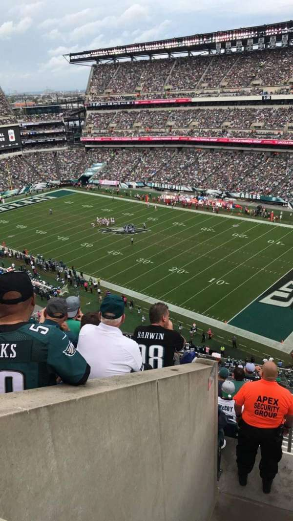 Lincoln Financial Field, section: 206, row: 9, seat: 3