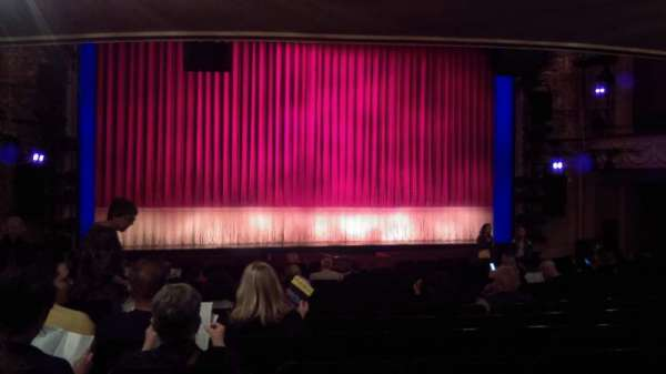 Longacre Theatre, section: Orchestra, row: Q, seat: 115